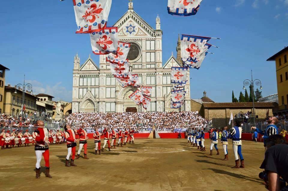 lanceurs de drapeaux italiens